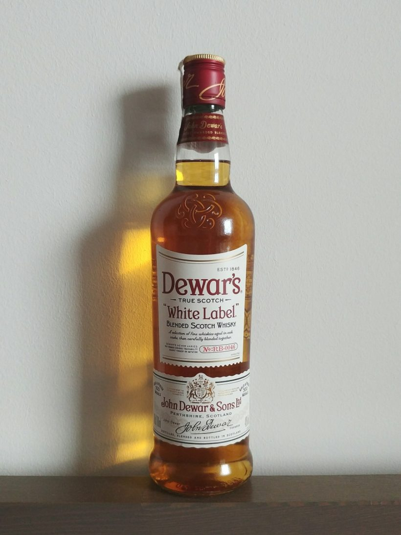 Dewar's White Label blended whisky